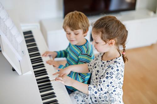 E-Pianos für Kinder und Anfänger