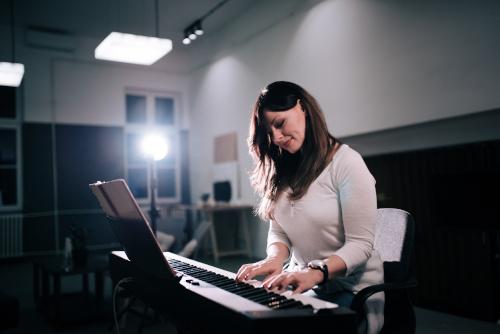 E-Pianos für Fortgeschrittene mieten
